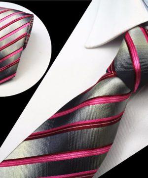 Spoločenská pánska kravata so vzorom v ružovo - sivej farbe