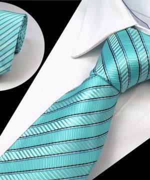 Spoločenská pánska kravata s pásikmi v tyrkysovej farbe