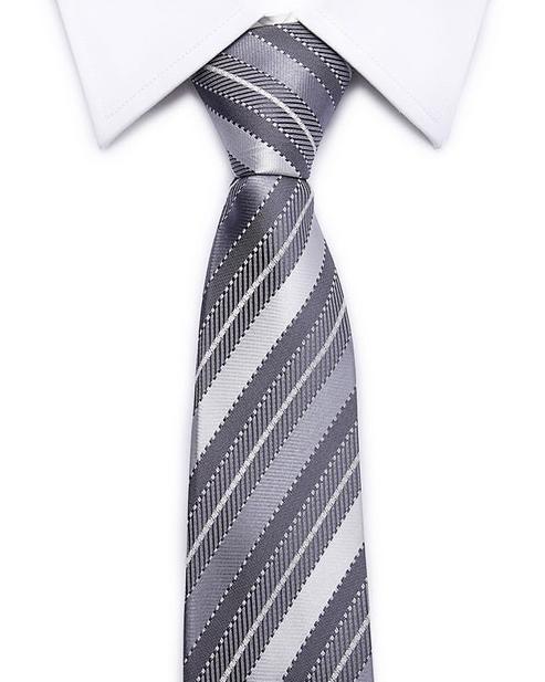 Kvalitná pánska kravata v sivej farbe s pásikmi