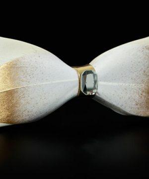 Luxusný pánsky motýlik z pierok, zlato-biely