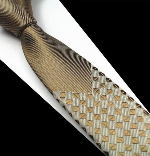 Pánska spoločenská kravata v zlato - hnedom prevedení