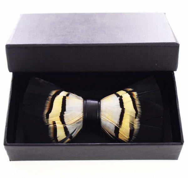 Luxusný pánsky motýlik z pierok, čierno-žltý