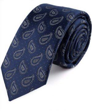 Kvalitná pánska viazanka so vzorom v kráľovskej modrej farbe