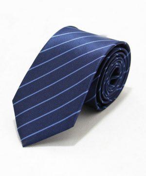 Moderná pánska viazanka v modrej farbe s pásikmi