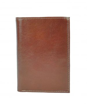 Kožené-dokladovky-a-púzdra-sú-nevyhnutné-pre-ľudí-ktorý-radšej-ako-hotovosť-nosia-karty-vizitky-alebo-jednoducho-nechcú-nosiť-svoje-osobné-doklady-so-sebou-v-peňaženke-2
