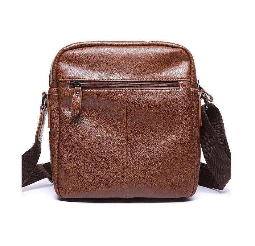 a3a9c301d7 Pánska štýlová kožená taška cez plece v hnedej farbe z ekokože