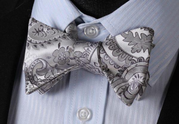 Pánsky motýlikový set - motýlik a vreckovka so vzorom v sivej farbe