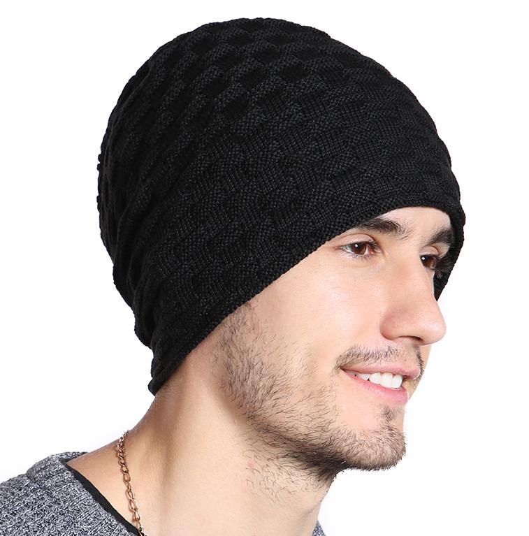 bbe395ebc Bavlnená zimná pánska čiapka s kožušinou v niekoľkých farbách