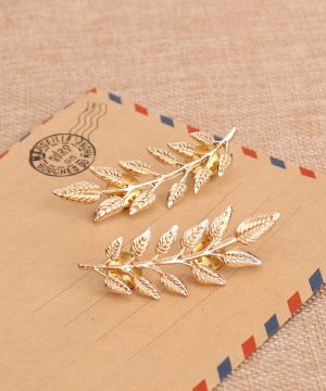Prepracovaná brošňa pre pánov - zlaté lístky na golier