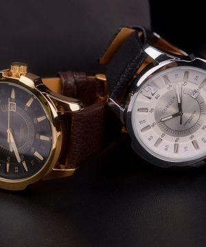 Štýlové ručičkové pánske hodinky s koženým remienkom - zlato-čierne