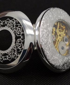 Prepracované pánske vreckové hodinky v luxusnom striebornom prevedení