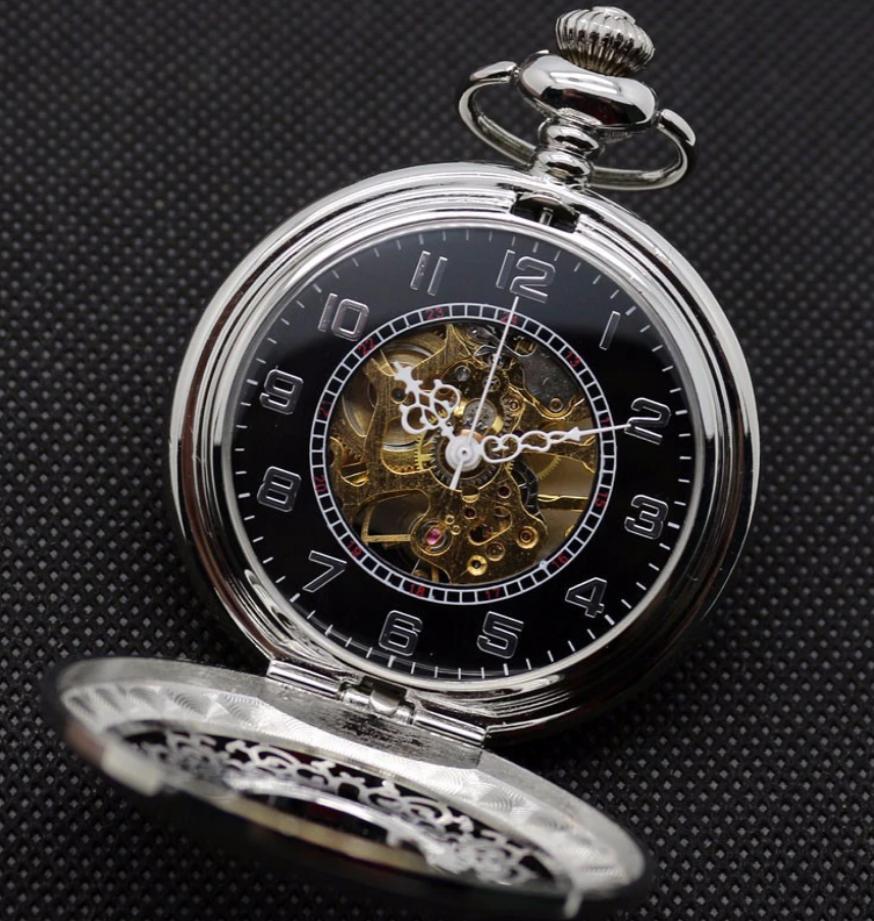 Prepracované pánske vreckové hodinky v luxusnom striebornom prevedení b2f8a22a638