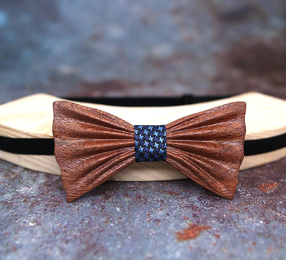 136b74645 Prepracovaný motýlikový set - drevený motýlik + vreckovka
