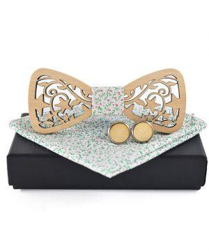 Svetlý drevený motýlik + vreckovka + manžety vo viacerých farbách
