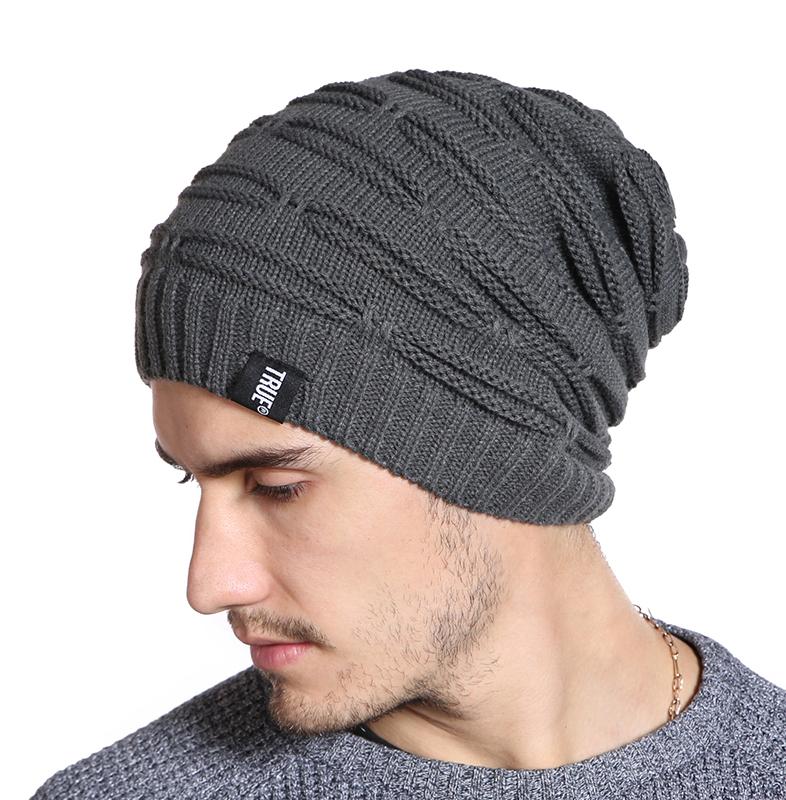 Zimná bavlnená pánska čiapka v modernom prevedení a niekoľkých farbách 46d793890c5
