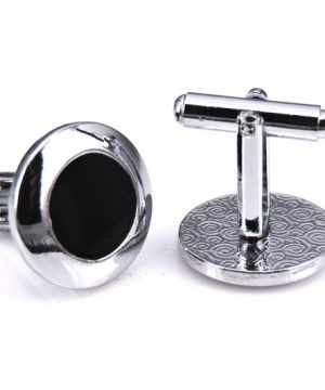 Decentné manžetové gombíky, manžety v čierno-striebornom dizajne