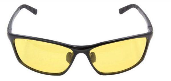 Moderné pánske polarizované okuliare pre šoférov na nočnú jazdu v čiernej farbe