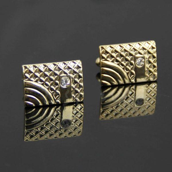 Prepracovaný pánsky set - manžety a kravatová spona v zlatej farbe