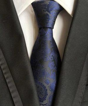 Spoločenská pánska viazanka s luxusným vzorom v čierno-modrej farbe