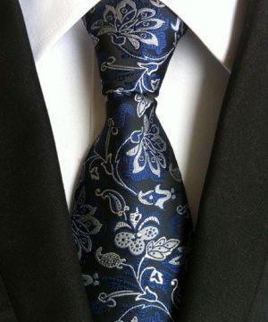 Pánska kravata s luxusným čierno-modrým kvetinovým vzorom