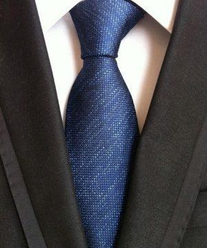 Pánska kravata v modrej farbe s jemnou štruktúrou
