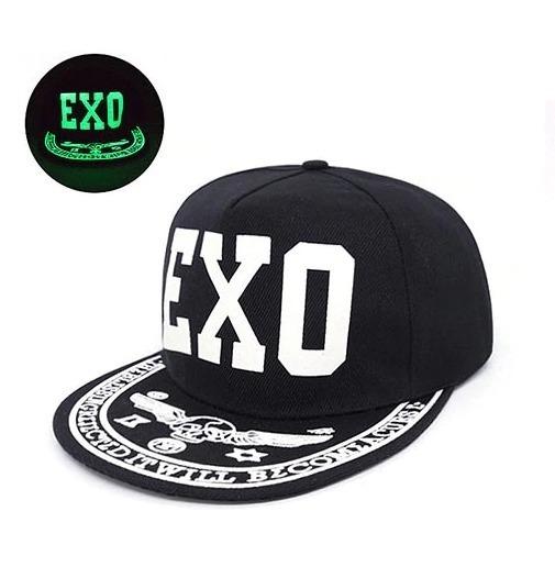 Kvalitná pánska svietiaca šiltovka s grafikou - EXO