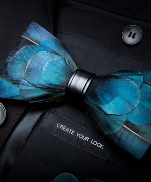 Luxusný pánsky motýlik z vtáčích pierok, modro-tyrkysový