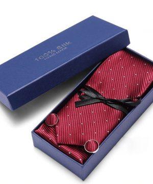 Pánsky darčekový set - kravata + manžety + vreckovka v červenom prevedení