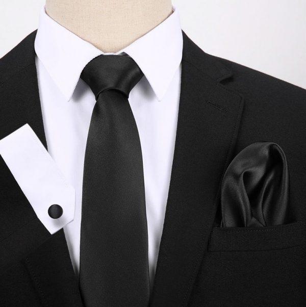 Pánsky darčekový set - kravata + manžety + vreckovka v čiernej farbe