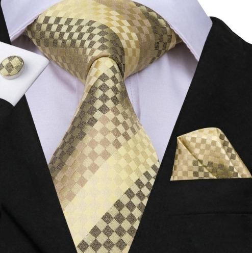 Pánska sada - kravata + manžety + vreckovka so zlatou šachovnicou