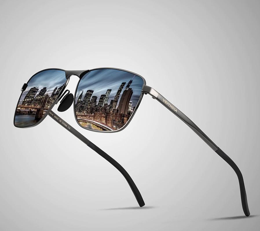 9dcb23264 Kvalitné pánske polarizované slnečné okuliare so sivým rámikom