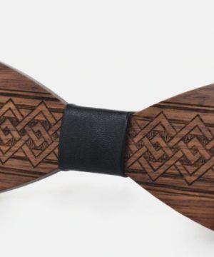 Spoločenský hand-made drevený motýlik s ľudovým vzorom vo viac farbách