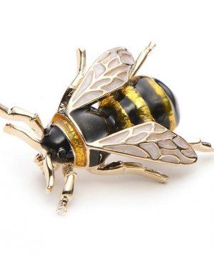 Prepracovaná smaltovaná brošňa na šaty v podobe včely