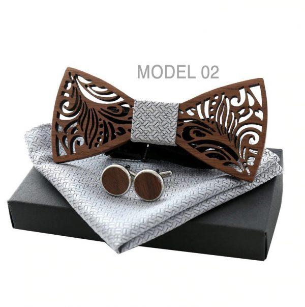Motýlikový set z vyrezávaného tmavého dreva - drevený motýlik + manžety + vreckovka