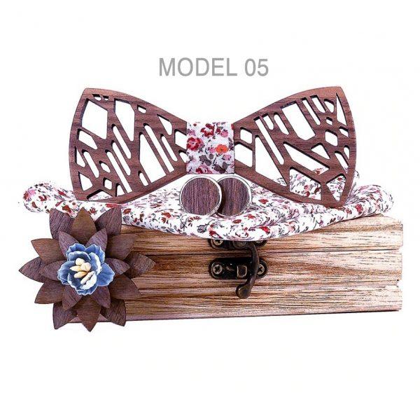 Reliéfny motýlikový set - drevený motýlik+brošňa+manžety+vreckovka