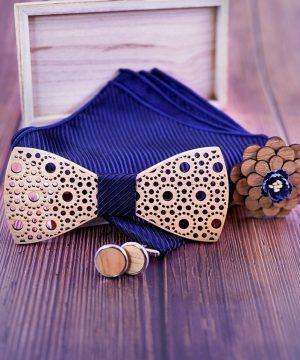 Reliéfny motýlikový set čipka- drevený motýlik+brošňa+manžety+vreckovka