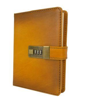 Veľký kožený zápisník z prírodnej kože na heslový zámok, ručne tieňovaný, žltá farba.