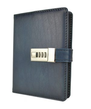 Zápisník z prírodnej kože na heslový zámok, ručne tieňovaný, tmavo modrá farba.