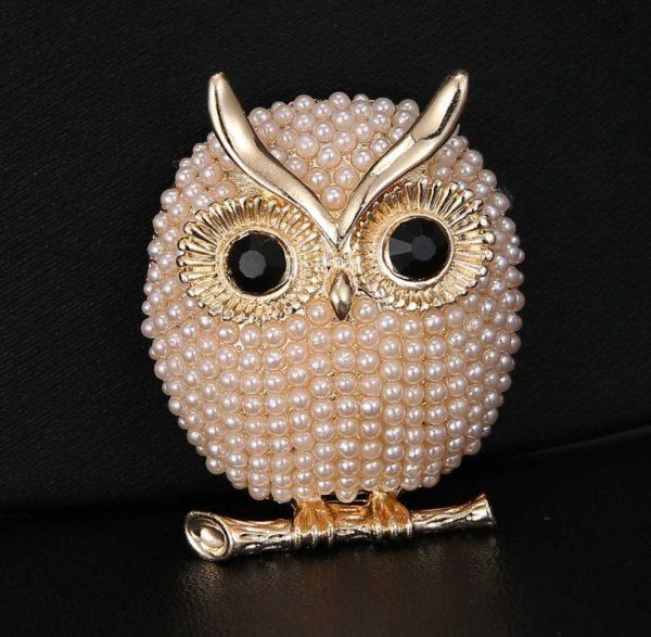 Luxusná brošňa v tvare malej zlatej sovičky