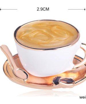 Prepracovaná smaltovaná brošňa v tvare šálky kávy