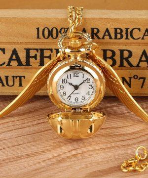 Prepracované vreckové hodinky v tvare zlatej strely z filmu Harry Potter