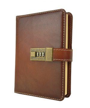 Veľký kožený zápisník z prírodnej kože na heslový zámok, ručne tieňovaný, cigaro farba