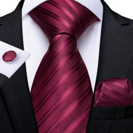 Pánska kravatová sada s gombíkmi a vreckovkou s vínovo-červenými pásikmi